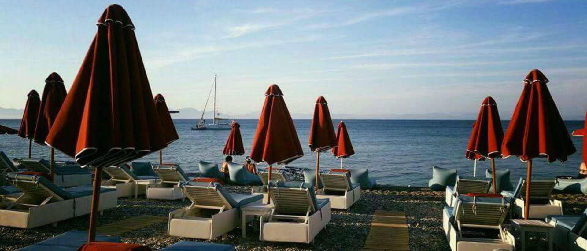 Το Elli Restaurant Beach Bar είναι το σημείο αναφοράς της Ρόδου.