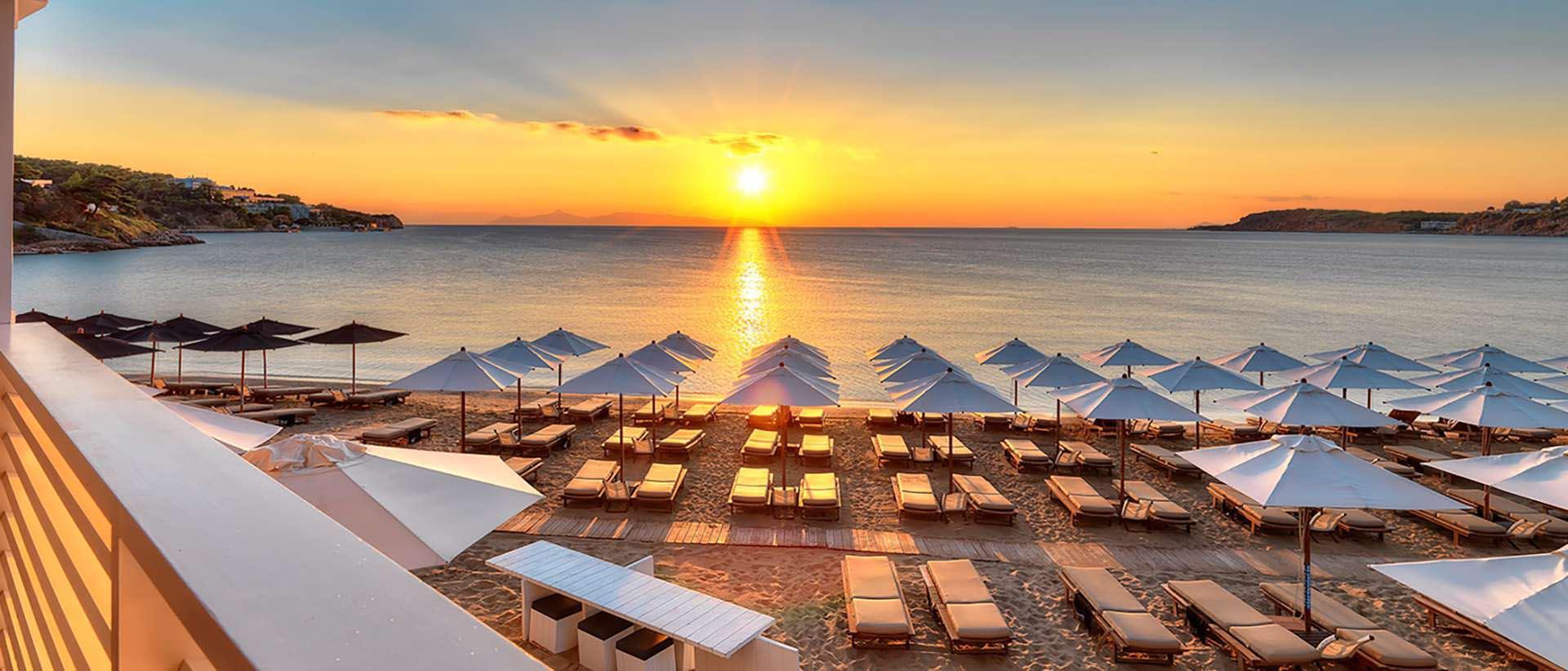 Απολαύστε μια μοναδική εμπειρία στην Astir Beach